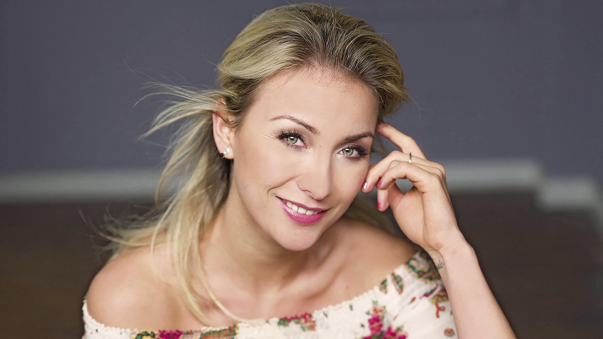 Anna-Carina Woitschack wird beim Schlosspark Schlager singen.